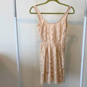 Zara A-Line Sleeveless Lace Dress in Cream sz S